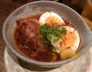 ライオン堂 豚の角煮卵(390円)
