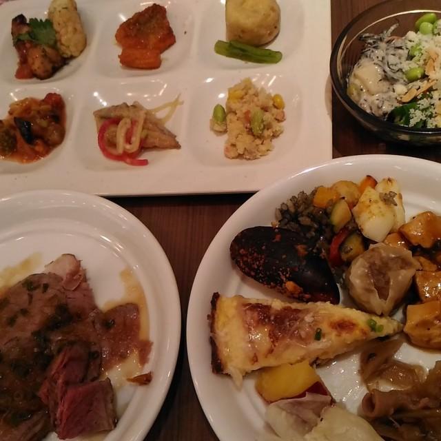 和食、洋食、中華と品数が多く安く手においしい。グランビュッフェ 堺北花田店 食べ放題(大阪堺)